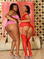 Two phat assed black hotties fucking..