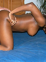 Hot ass ebony babe gettin crushed poolside and..