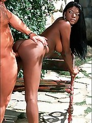 Huge tities ebony babe rides on cock