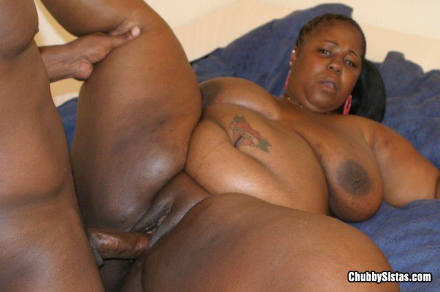Thick nude girls pics