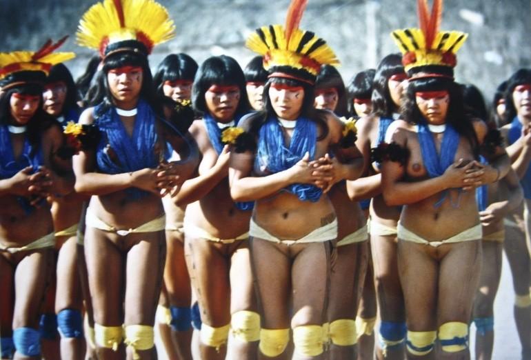 дикие племена фото голые