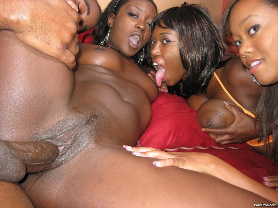 фото порно темнокожих девушек
