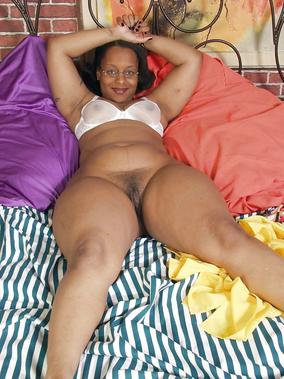 hair pussy of fat  black woman