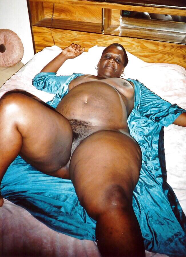 Fat black mama pussy