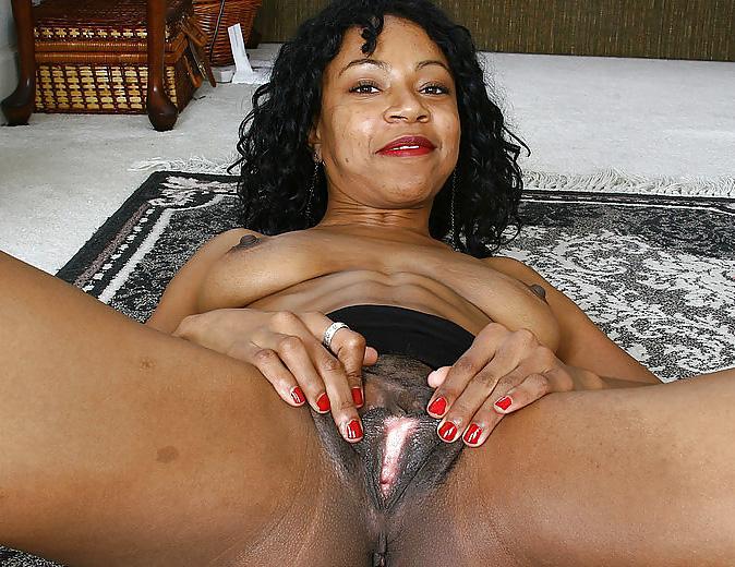 Old black juicy pussy