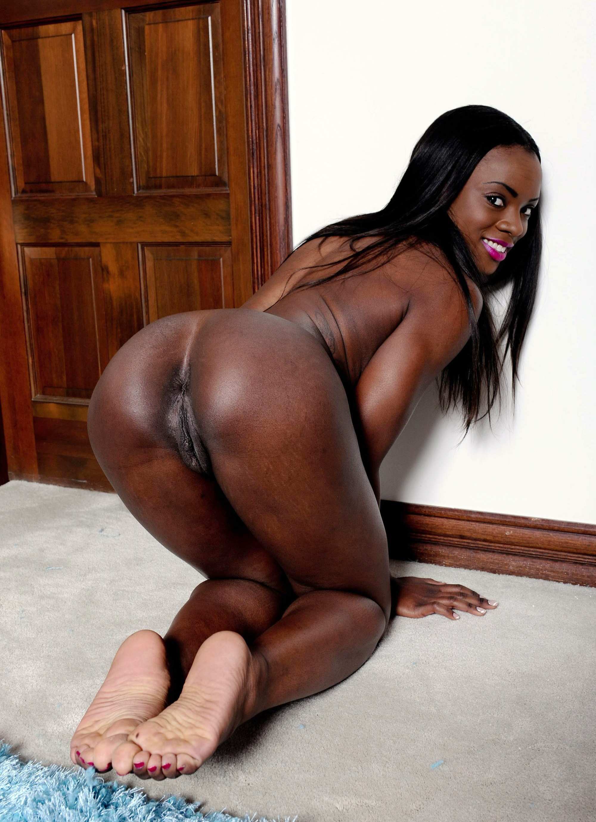Big black chick sucks and fucks hard black dong on sofa