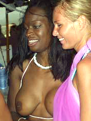 Nice sizzling photo gallery of sexy and hot ebony girlfriends