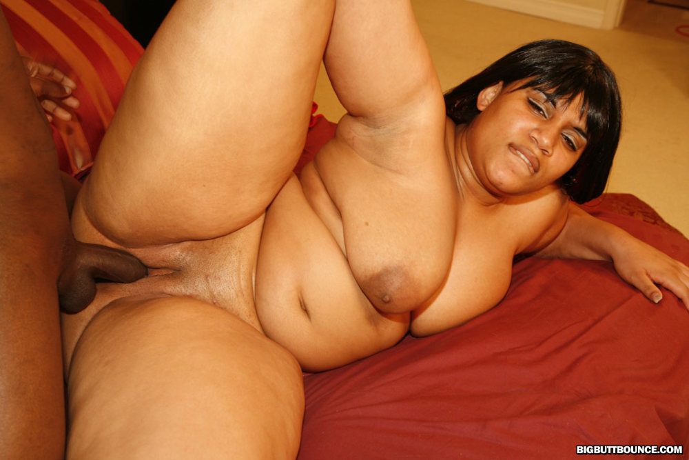 Thick naked curve woman
