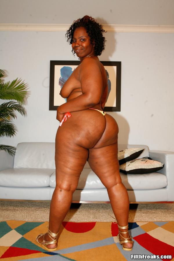 Short fat naked girls