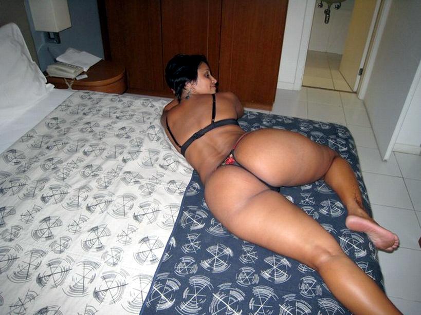 Juicy ebony pussy porn