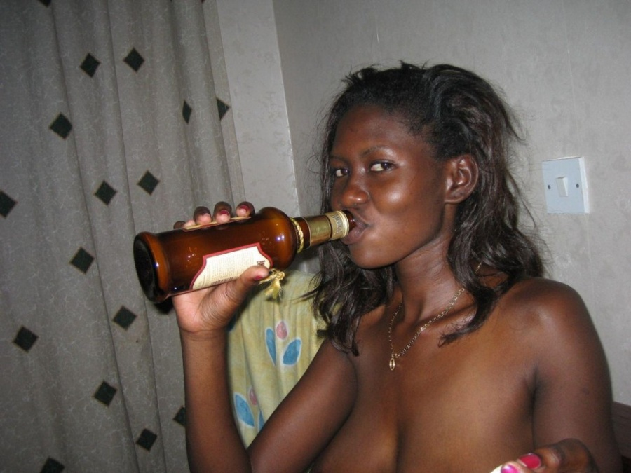 naked women Drunk african
