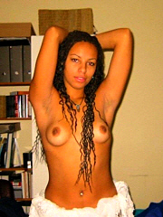 Nice picture selection of amateur ebony chicks..