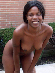 Photo gallery of a group of steamy hot amateur ebony babes