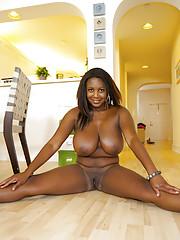 Podginess ebony babe Aileen Ghettman shows her big boobs plus pussy