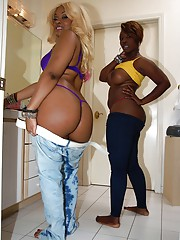 Ebony whores Kakey & Beauty Dior resembling off chubby black butts