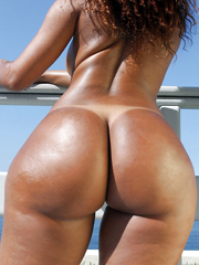 Only juicy big perfidious butts! This babe just a sexy !