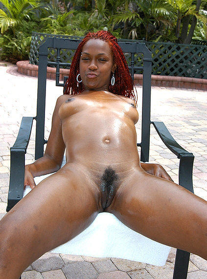 Black ebony nude