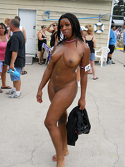Perfect ebony nude bbw on beach sex-party