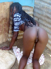 Big ebony asses and round brown booties