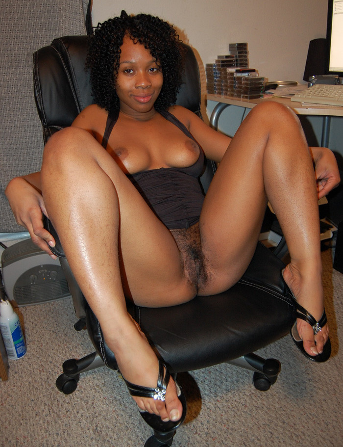 Www.black naked kenyan