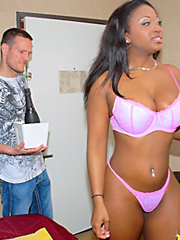Check out hot ebony ass aryana gets..