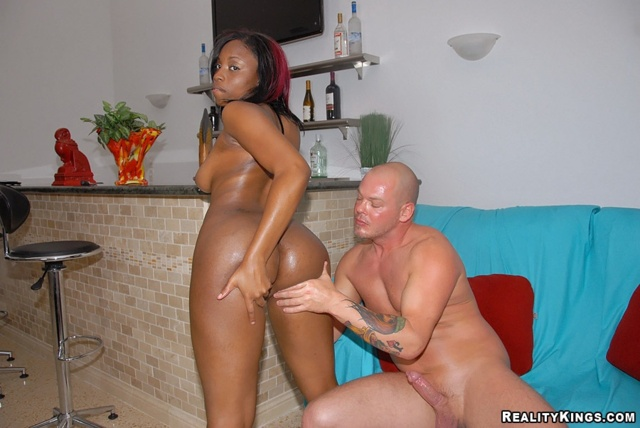 Ebony brown videos and Round