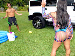 Banging hot ass bikini babe gets her round ass wet and pussy fucked at the car wash in these hot..
