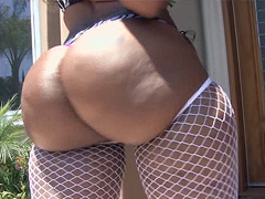 Black pornstar Cherokee DAss fucked so good in this video