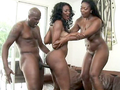 Enjoy this battle of the sexiest, chocolate babes Aryana Starr vs. Nyomi Banxxx