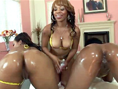 Baby Cakes, Melrose Foxxx and Melody Nakai started off..