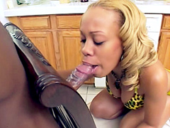 Naked ebony model, Melrose Foxxx, sucks big ebony rod and..