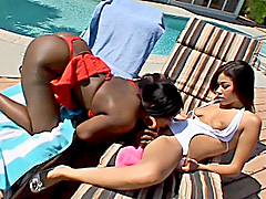 Hot chicks in interracial lesbian..