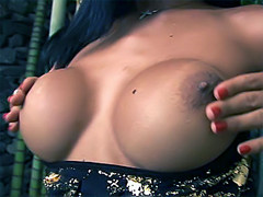 Divine tranny Miriany playing naked