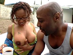 Big boobs ebony babe fucks on glade..