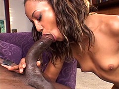 Sexy ebony chick fucked by 24 inch..