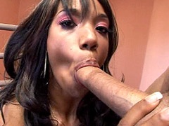 Hungry for suck ebony babe deep throat cock and hardcore fucked