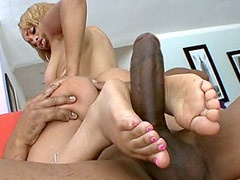 Melrose Foxxx does handjob and gets balck cock in shaved..