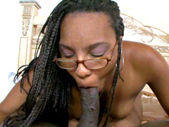 Big ass ebony moms in glasses suck..