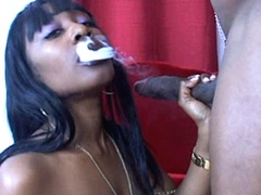 Sexy ebony babe sucking and jumping on..