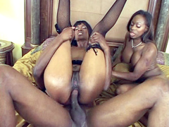 Black girls Jade Stone and Kaylani Kream getting kinky anal fuck