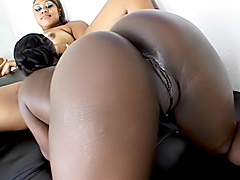 Black chicks slam their holes with toys. Hershey & Vanity Cruz