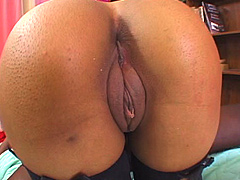 Wld african slut, Alicia Tyler has not inhibitions. She's on the fast track to becoming a dirty black porn..