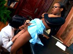Nice ebony Ariel Alexus gets pussy lick from white lesbian girlfriend