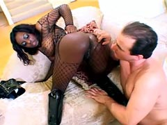 Black pornstar Jada Fire exposing her big tits and gets her pussy licking