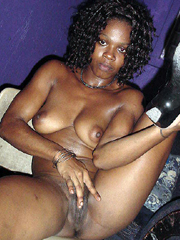 Nice hot picture set of a skanky sexy amateur ebony girlfriend