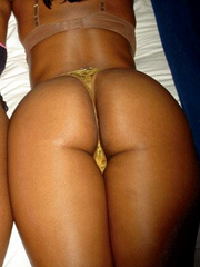 Curvy black honey shows off her nice erotic botheration