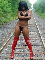 Photo selection of sexy amateur ebony babes