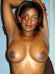 Photo gallery of a sizzling hot sexy amateur black honey selfshooting