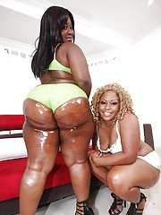 Mature fatty malicious babes MzBooty and Manaje-a-star show booties