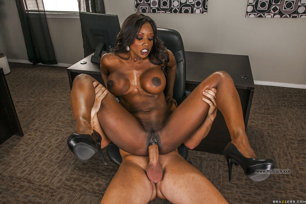 Ebony Milf Fucks Daughter